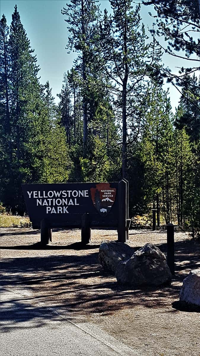 Yellowstone West Entrance