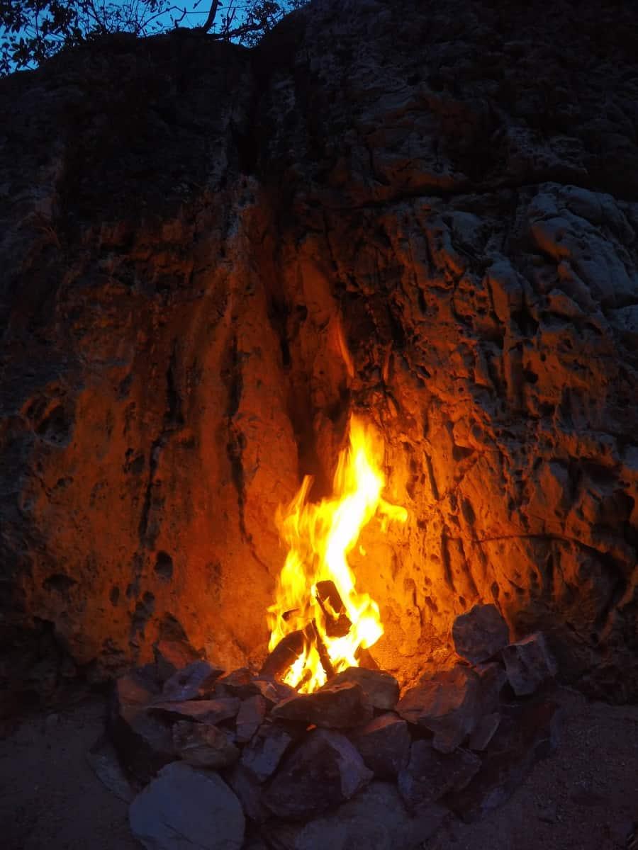 Aguacero Firepit