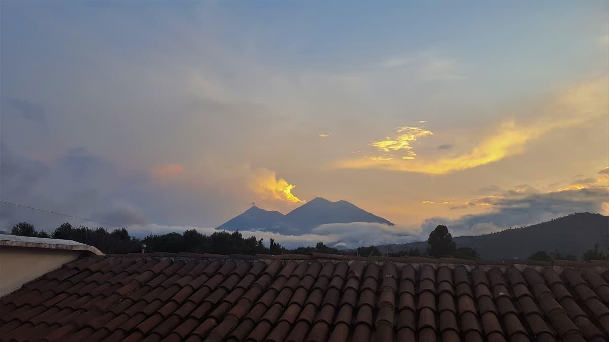 Fuego & Acatenango - Antigua