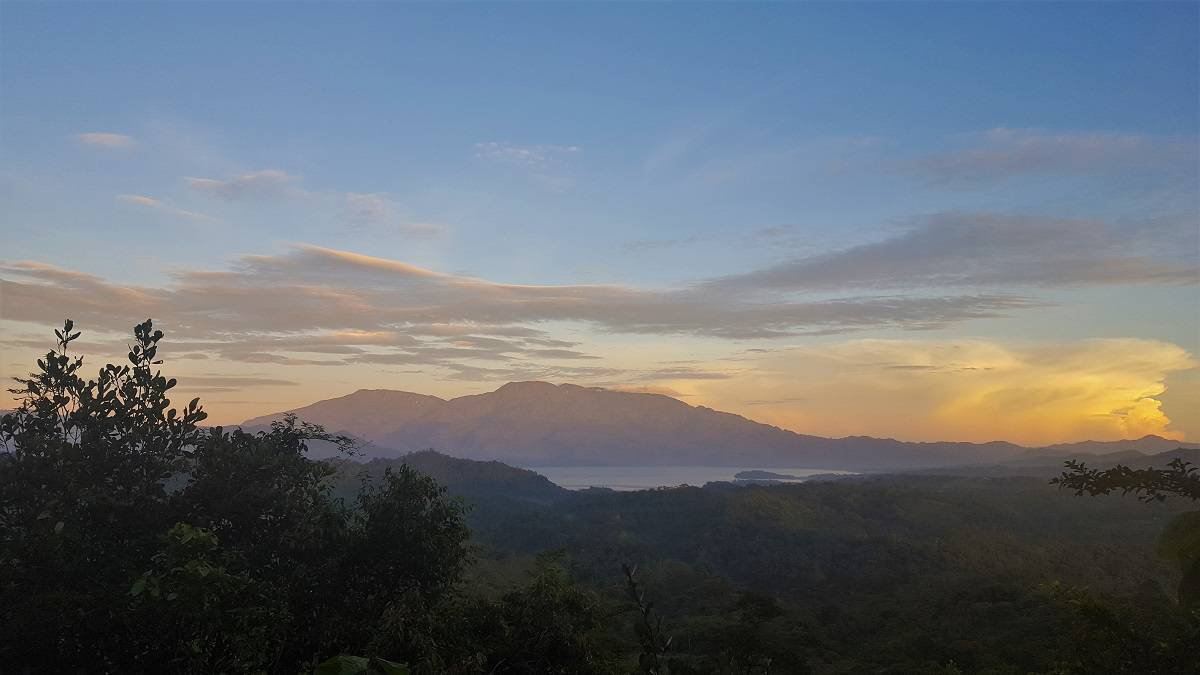 Cerro Azul Meambar NP