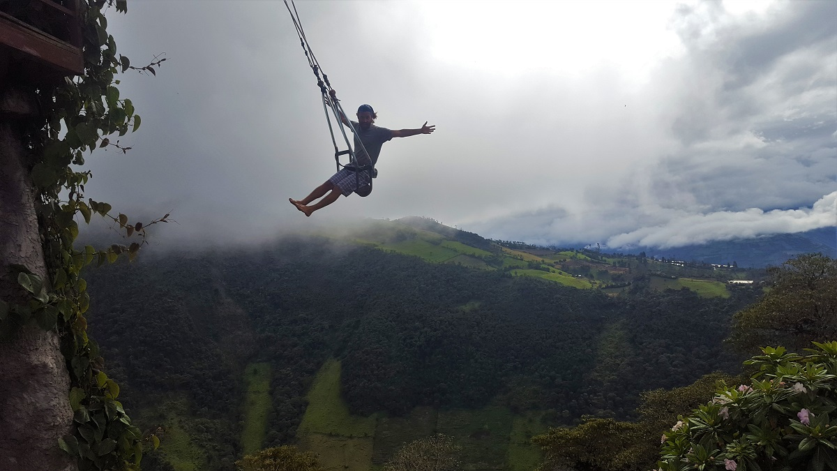 Banos Swing